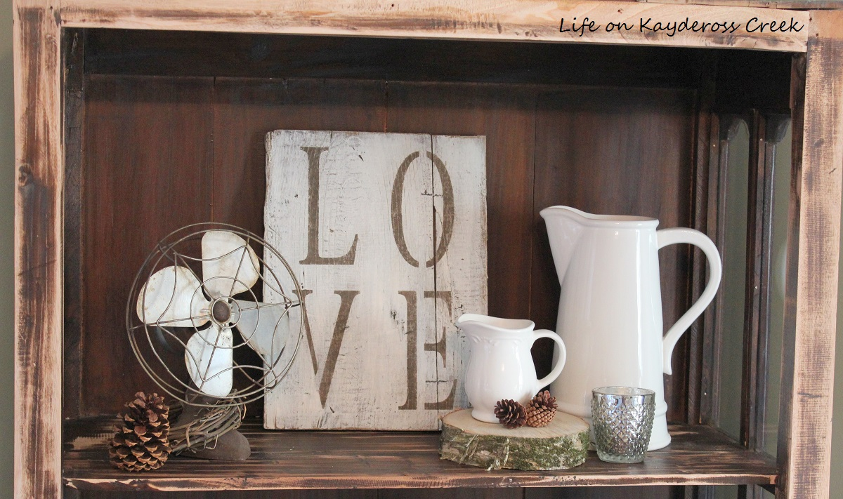 DIY Rustic Wood Sign - Farmhouse Sign - Life on Kaydeross Creek - Rustic Vignette