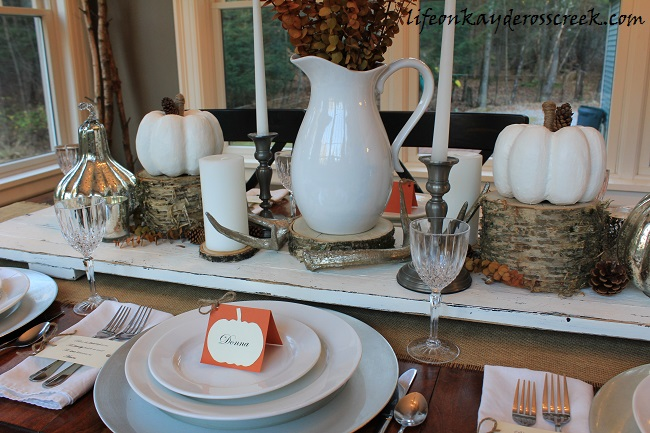 Thanksgiving Tablescape with Pumpkin Place Cards