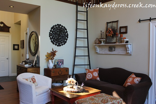 Fall Home Tour - Farmhouse - Life on Kaydeross Creek