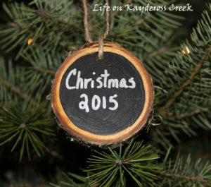 Christmas Dining Room Tour - Simple rustic touches - Life on Kaydeross Creek