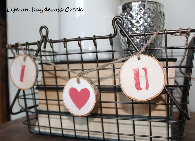 DIY Valentine's Day wooden pennant - Life on Kaydeross Creek