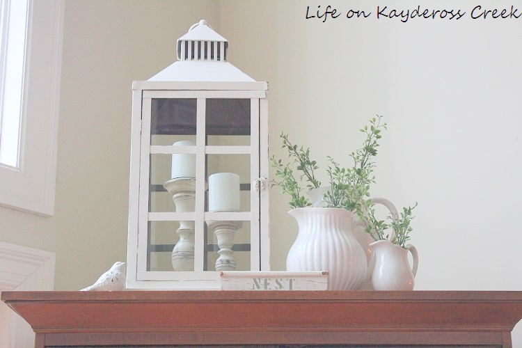 Spring Home Tour - Life on Kaydeross Creek - white and green make for a fresh spring look