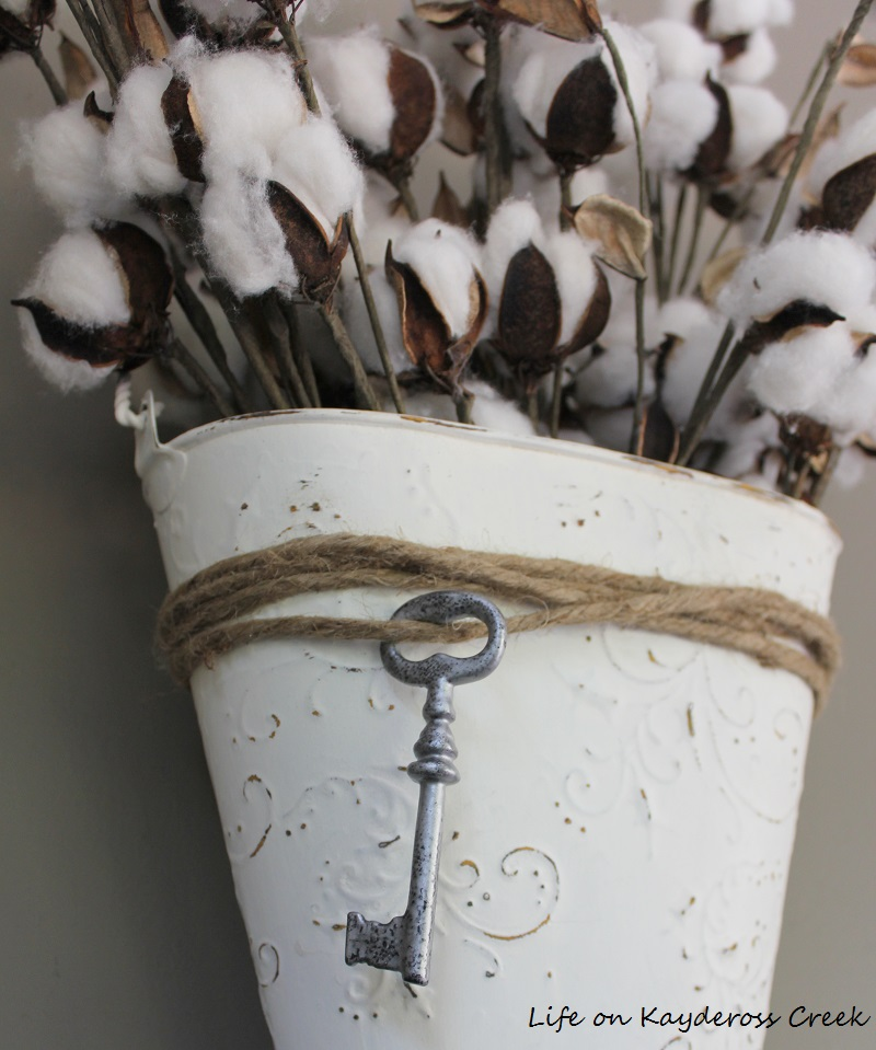 Upcycled Tin Wall Vase - Life on Kaydeross Creek