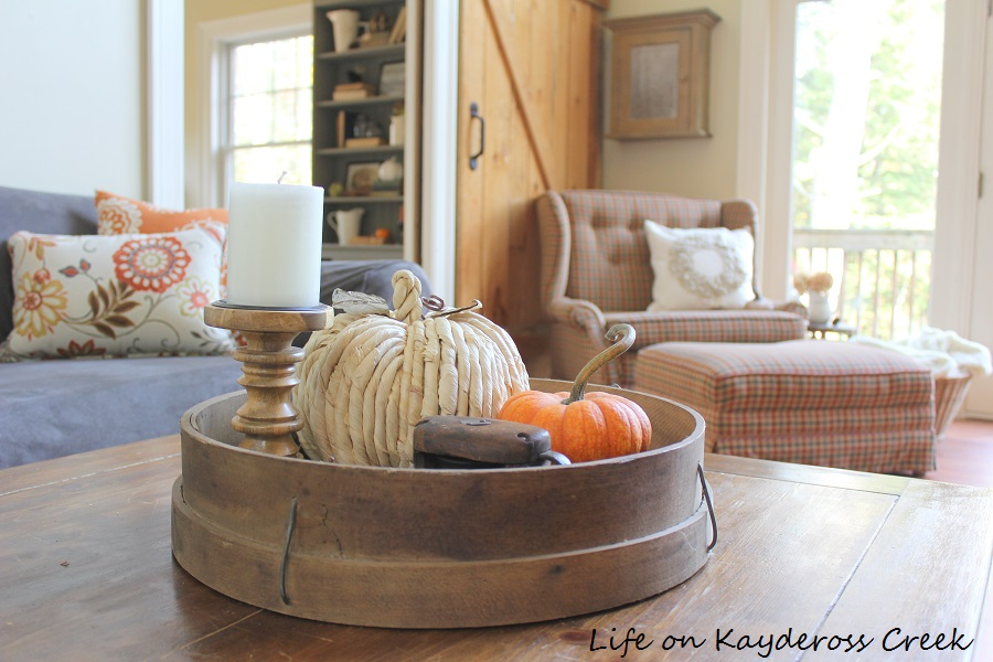 Farmhouse Fall Home Tour - layering old pieces with new creates a unique space. Life on Kaydeross Creek