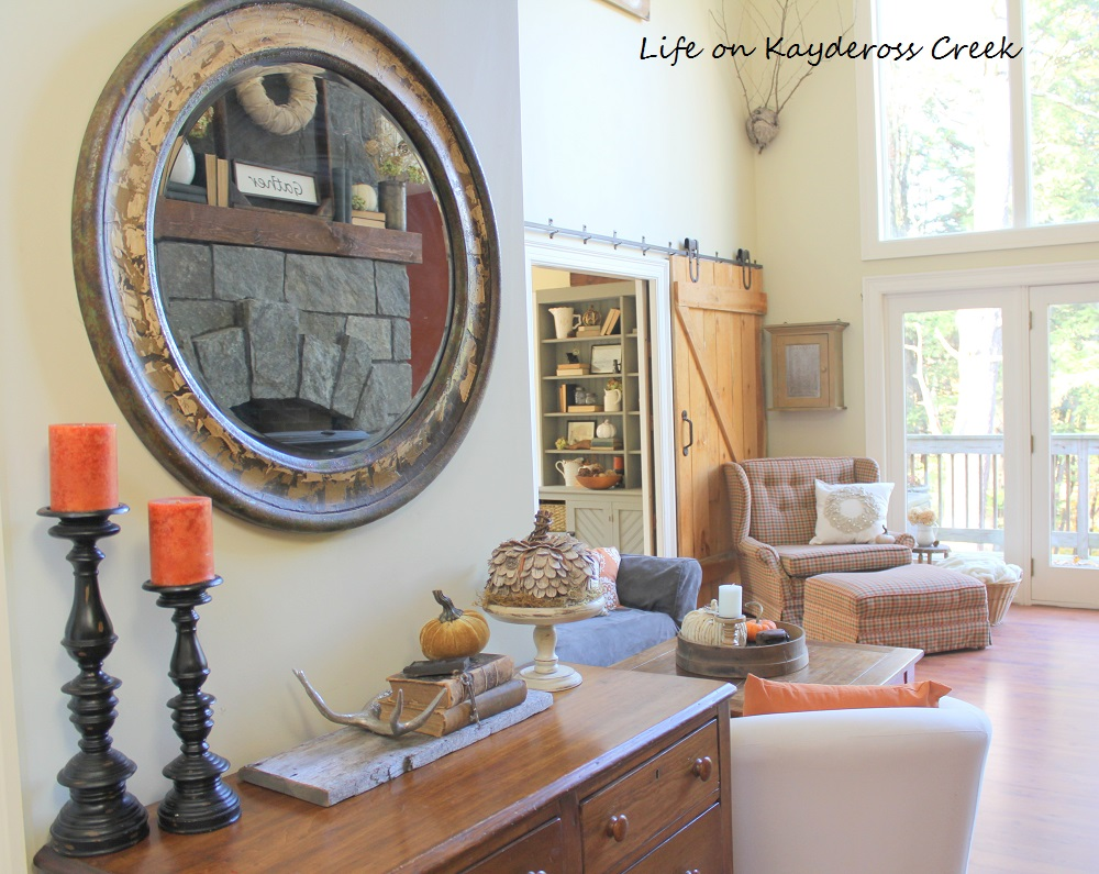 Farmhouse Fall Home Tour with layers of texture and pops of color - Life on Kaydeross Creek