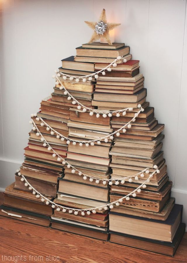 Great ways to decorate with books for Christmas - 20 Ways to decorate for Christmas on a Budget - Life on Kaydeross Creek