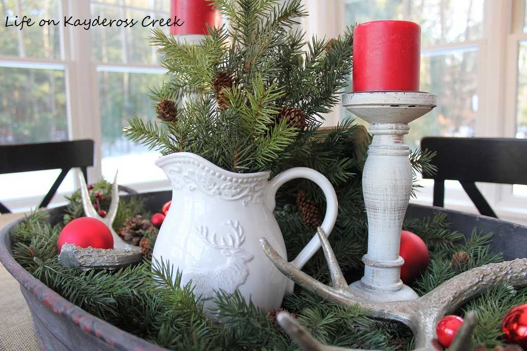 christmas kitchen and dining-room-life-on-kaydeross-creek