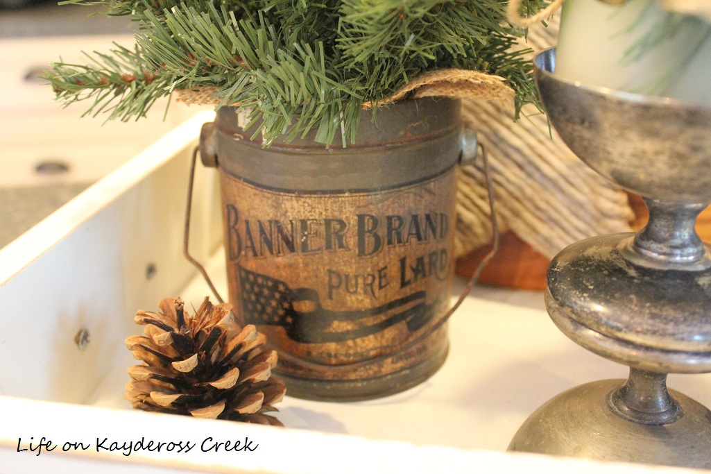 christmas kitchen-details-farmhouse-christmas-home-tour-life-on-kaydeross-creek