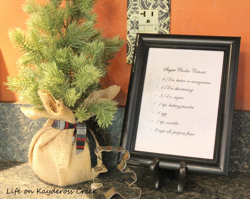 Christmas Kitchen - Farmhouse Christmas Home Tour - Life on Kaydeross Creek