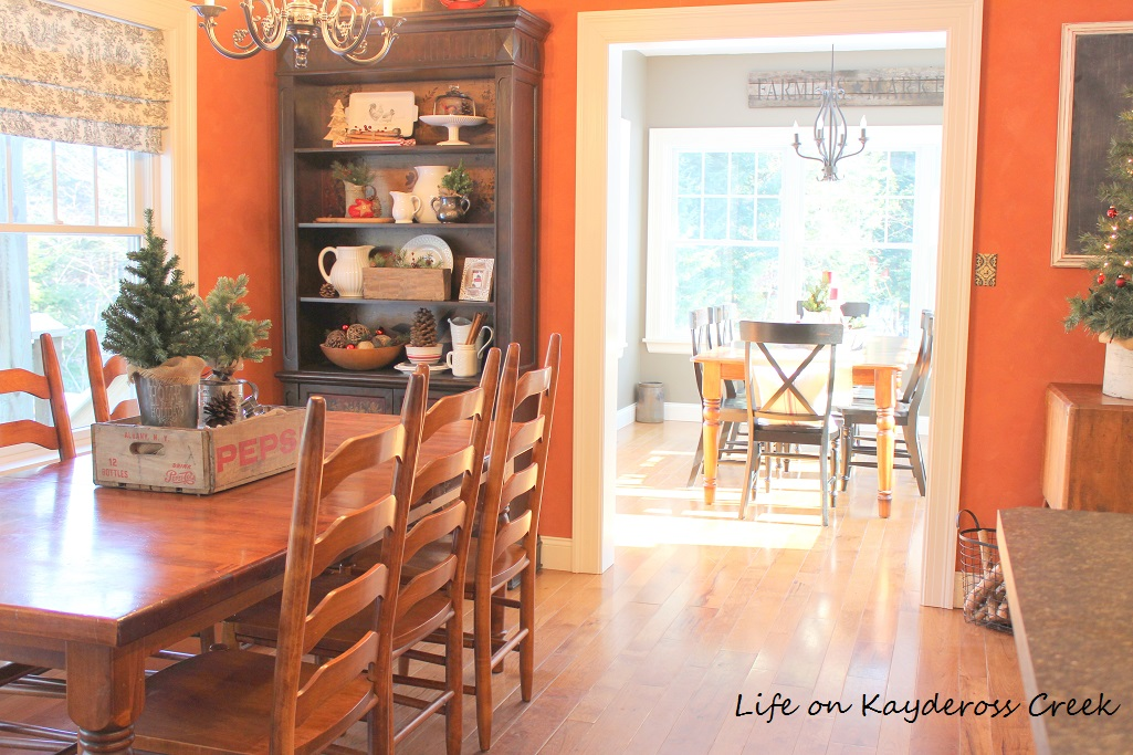 christmas kitchen-farmhouse-christmas-tour-life-on-kaydeross-creek