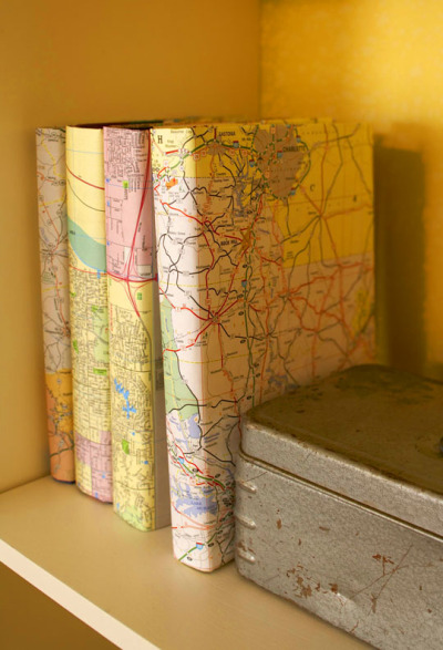 5 easy and inexpensive ways to upcycle and decorate with old books