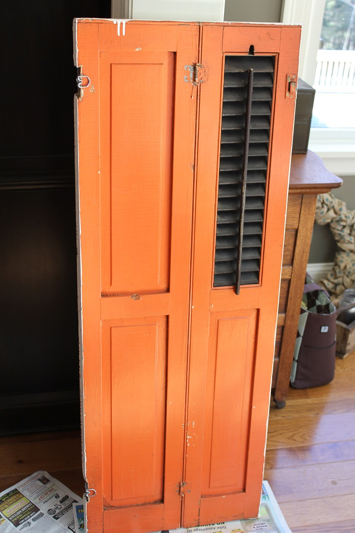 Farmhouse Wall Decor - Fixer Upper Style Shutter - Before with orange paint- Life on Kaydeross Creek