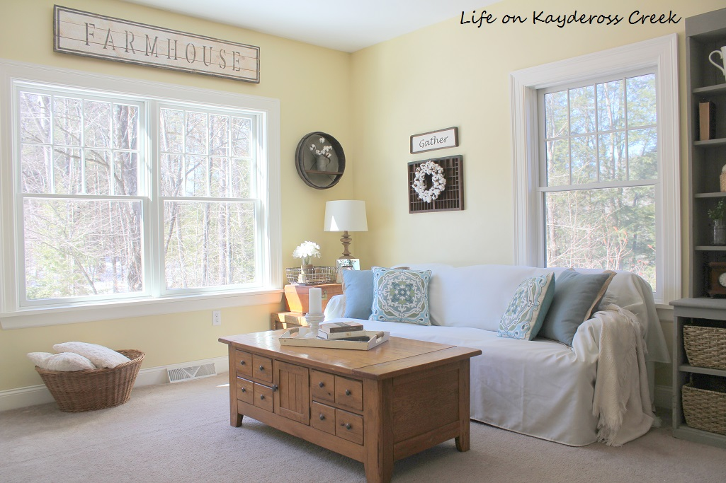 Farmhouse - Spring Home Tour 2017 - Den - Life on Kaydeross Creek