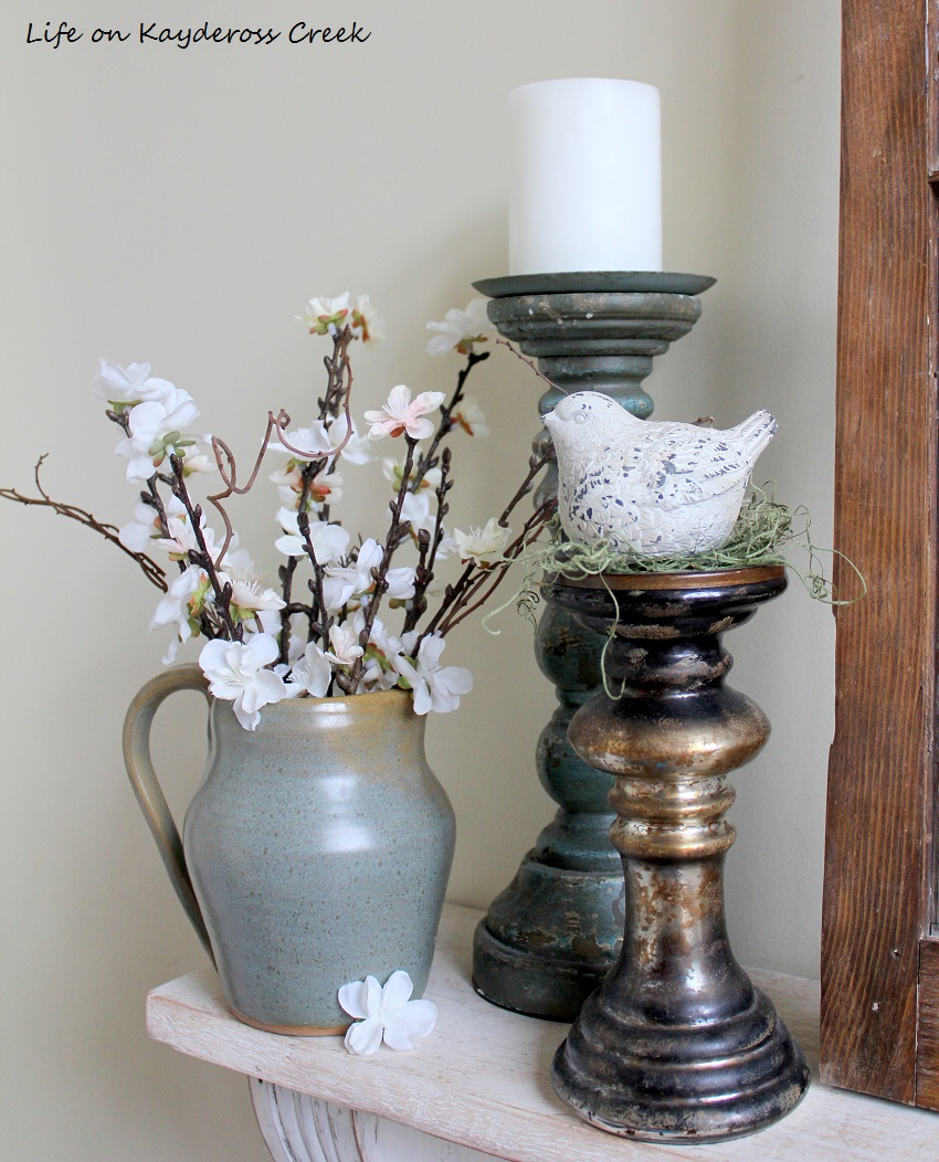 Spring Home Tour - Family Room details - Life on Kaydeross Creek