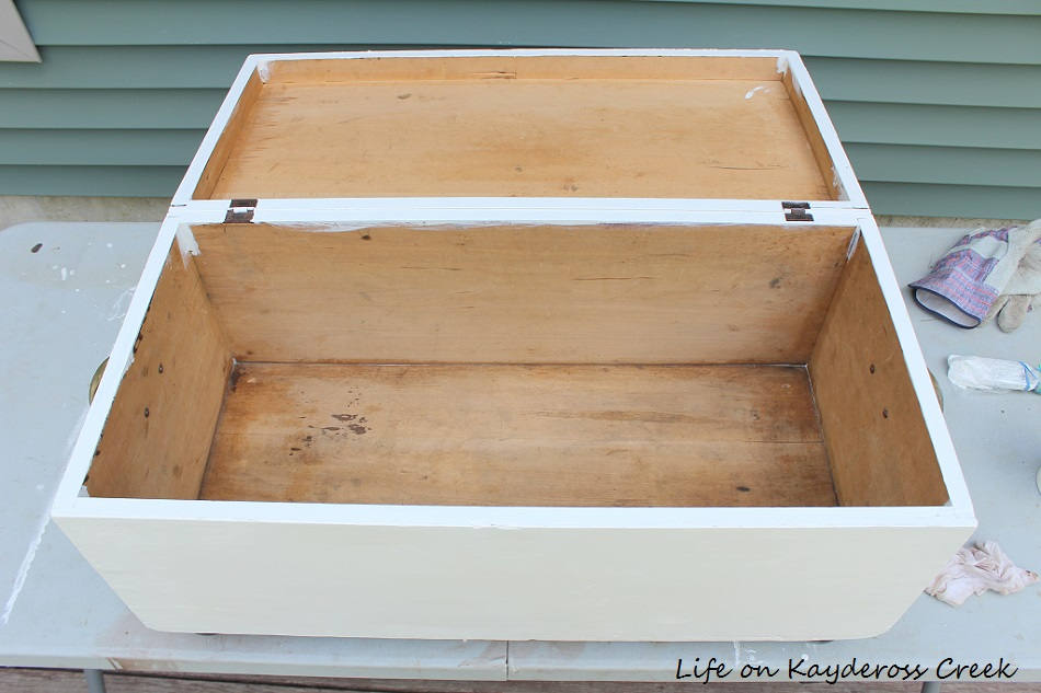 Antique Trunk Makeover - Painted Furniture - Life on Kaydeross Creek