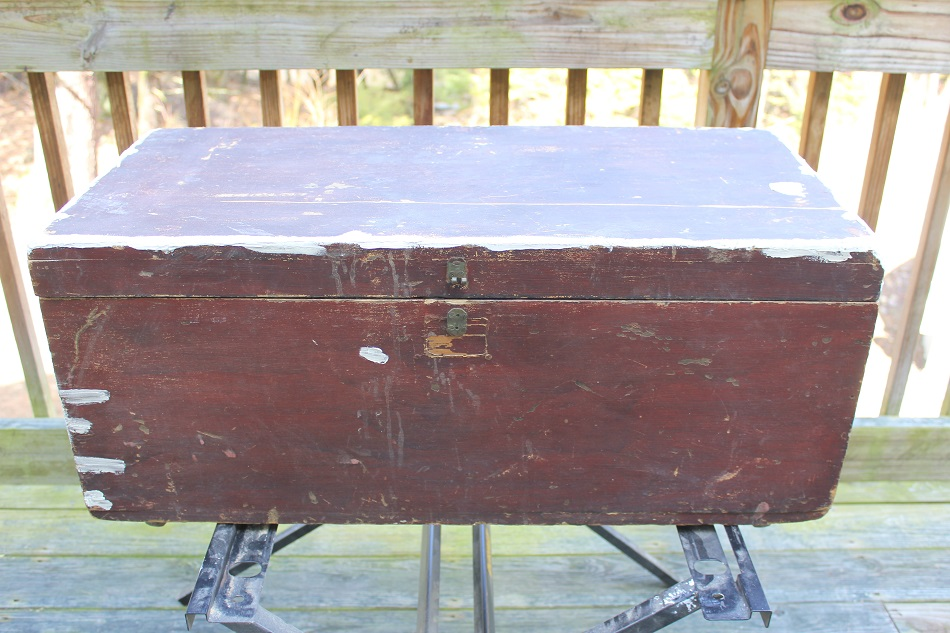 Antique Trunk Makeover - filling in all the holes with spackle - Life on Kaydeross Creek