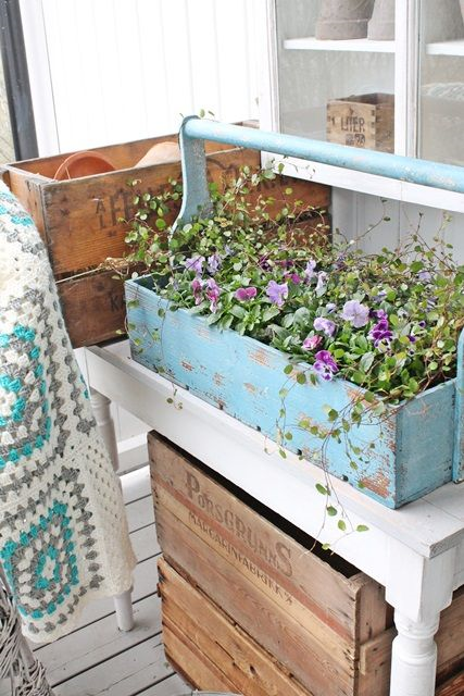 Creative ways to display flowers - blue tool box - farmhouse - Life on Kaydeross Creek