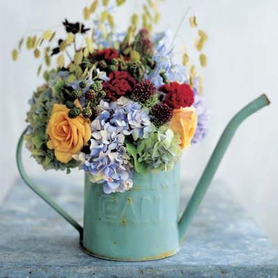 Creative ways to display flowers - small watering can - farmhouse - Life on Kaydeross Creek