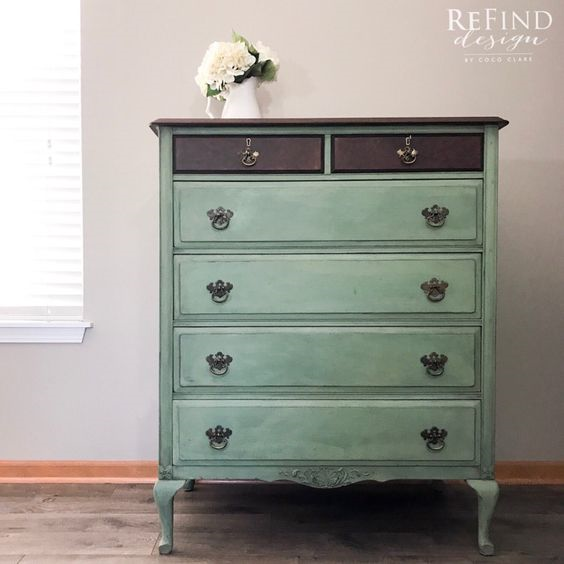 30 Farmhouse Furniture Makeovers - antique blue dresser - Life on Kaydeross Creek