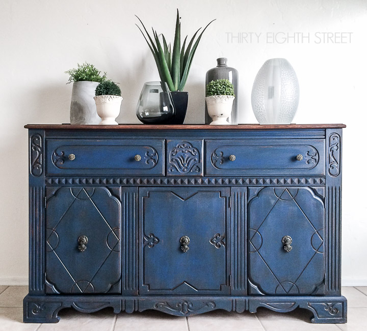 30 Farmhouse Furniture Makeovers - Blue Painted Buffet - Life on Kaydeross Creek