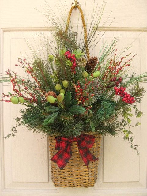 20 Alternatives to Wreaths for Fall and Winter - Basket with rope hanger - Life on Kaydeross Creek