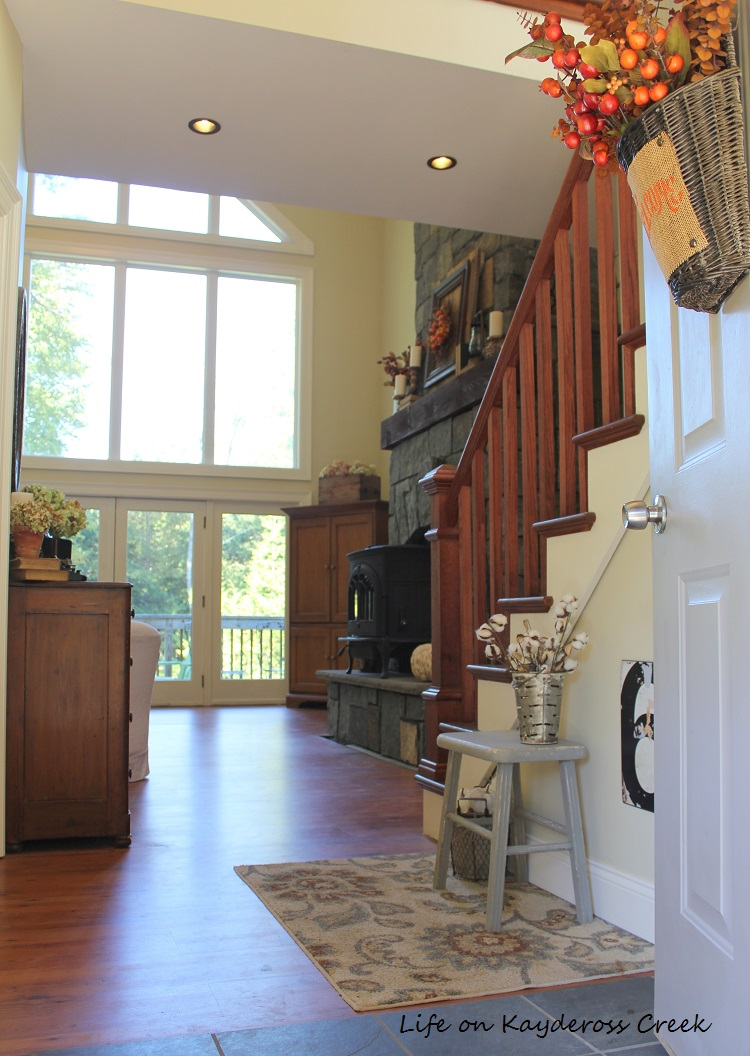 Fall Home Tour - Entry way - Farmhouse - Life on Kaydeross Creek