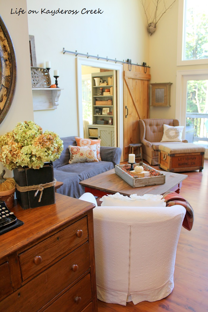 Fall Home Tour - Great Room & TV Room - Farmhouse - Life on Kaydeross Creek