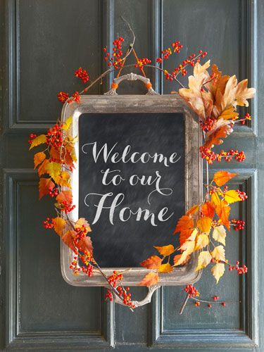 20 Alternatives to Wreaths for Fall and Winter - Silver tray chalkboard - Life on Kaydeross Creek