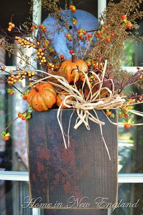 20 Alternatives to a wreath for fall and winter - dark Wooden box - Life on Kaydeross Creek