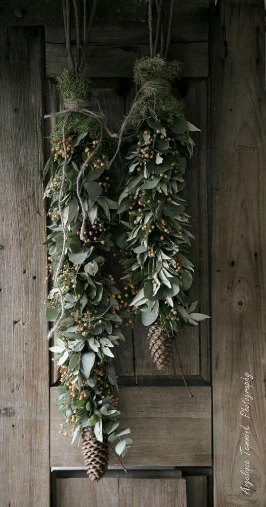 20 Alternatives to Wreaths for Fall and Winter - green swag - Life on Kaydeross Creek