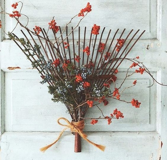 20 Alternatives to Wreaths for Fall and Winter - rake wreath - Life on Kaydeross Creek