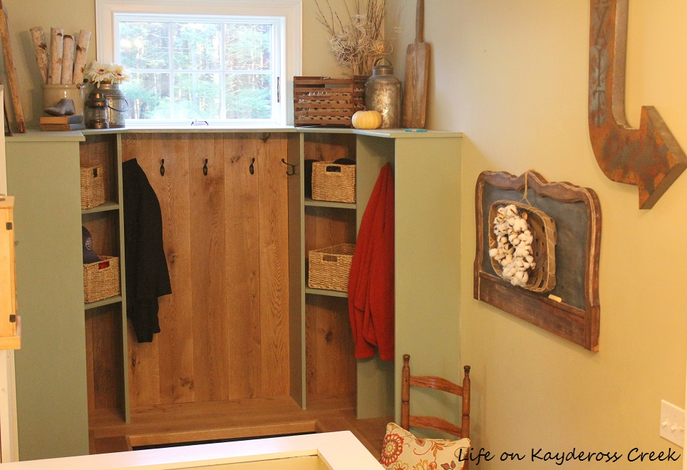 How to make a unique farmhouse chalkboard - Layered decor in the mudroom - Life on Kaydeross Creek