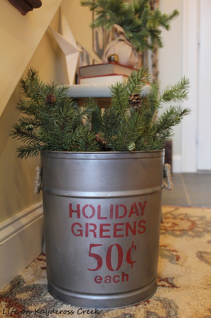 3 Easy DIY Christmas Decor Projects - Completed Christmas Tin - Life on Kaydeross Creek