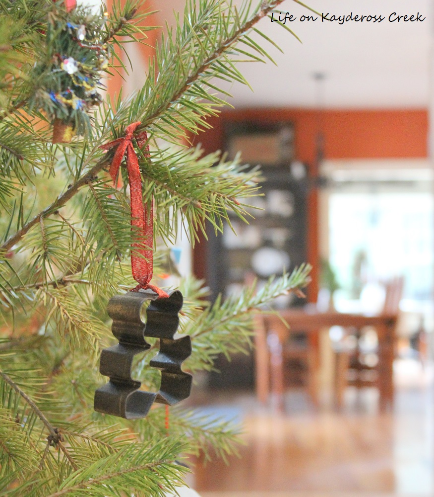 Classic Christmas Home Tour - Great Room and kitchen - Life on Kaydeross Creek