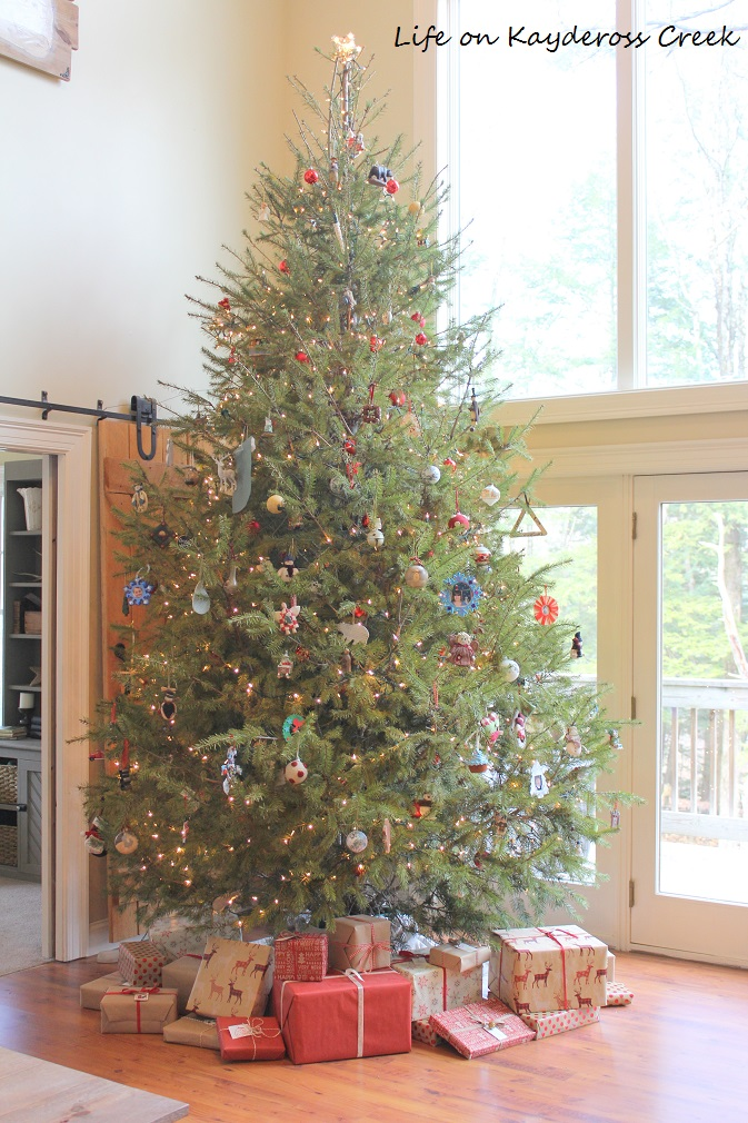 Classic Christmas Home Tour - Great room Tree - Life on Kaydeross Creek