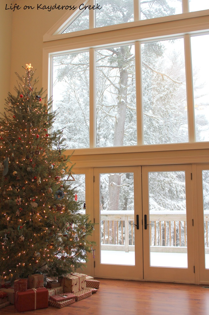 Classic Christmas home tour part 2 - Snow storm - holiday spirit - Life on Kaydeross Creek