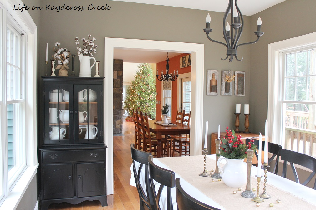 Classic Christmas Home Tour 2017 - Dining Room - Life on Kaydeross Creek
