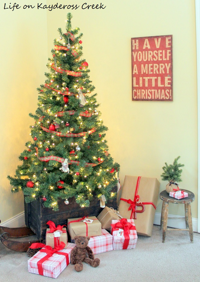 christmas tree in an antique sled a very farmhouse christmas tour life on kaydeross - Farmhouse Christmas Tree